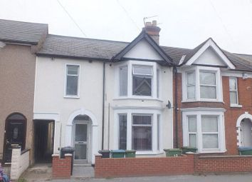 Thumbnail 2 bedroom maisonette to rent in Balmoral Road, Watford