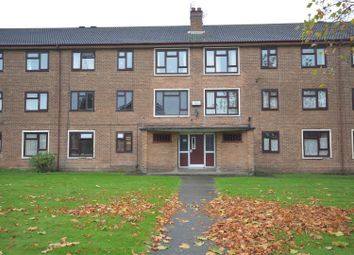 Thumbnail 2 bed flat to rent in Berrylands Road, Moreton, Wirral