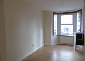 Thumbnail 3 bedroom terraced house to rent in Dennett Road, Croydon