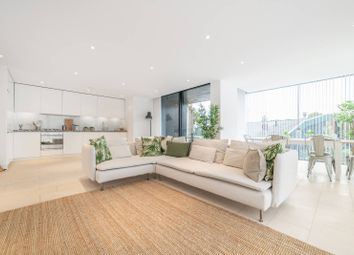 Thumbnail 3 bedroom flat to rent in Oval Road, Camden, London