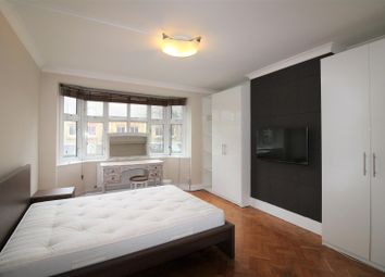 2 bed property to rent in Orchard House, Lower Road, London SE16