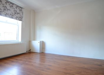 Thumbnail 1 bed flat to rent in Southampton Street, Farnborough