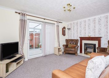 Thumbnail Semi-detached house for sale in Maplewood Avenue, Hull