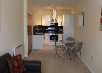 Thumbnail 1 bed flat to rent in Commercial Street, Morley, Leeds