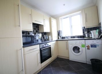 Thumbnail 1 bed flat to rent in Brompton Park Crescent, London