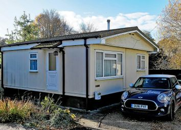 Thumbnail 1 bed mobile/park home for sale in Orchard Park, The Forty, Cholsey, Wallingford