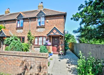 2 bed end terrace house for sale in Farm Place, Henton, Chinnor OX39