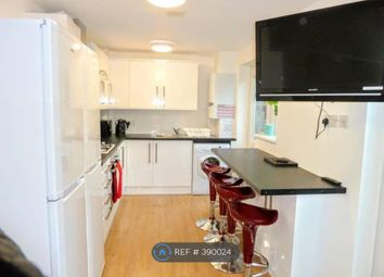 Thumbnail Room to rent in Swanton Gardens, Southfields
