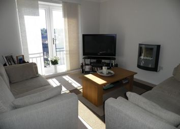 Thumbnail 2 bed flat to rent in Greenlea Court, Huddersfield