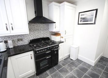 Thumbnail 2 bed flat for sale in Kenn, Exeter