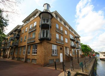 Thumbnail 1 bed flat to rent in South Sea Street, Surrey Quays