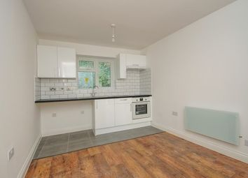 Thumbnail 2 bed flat to rent in 216-218 Homesdale Road, Bromley
