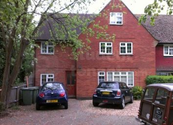 2 bed shared accommodation to rent in Hook Road, Epsom, Surrey KT19
