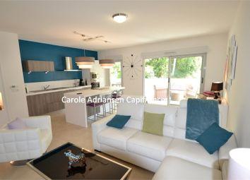 Thumbnail 2 bed apartment for sale in Provence-Alpes-Côte D'azur, Var, Saint Raphael