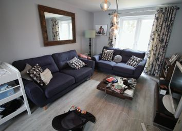 Thumbnail 5 bed detached house to rent in Fieldfare Close, Hemel Hempstead