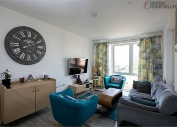 Orchid Mews, London NW10. 3 bed flat for sale