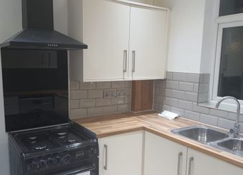 Thumbnail 5 bed maisonette to rent in Drakes Lane, Enfield
