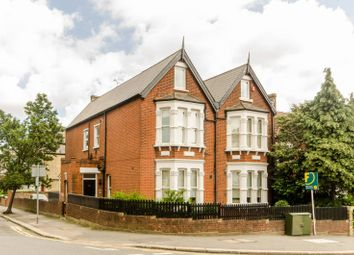 2 bed maisonette to rent in Leopold Road, Wimbledon SW19