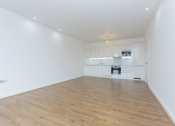 Thumbnail 1 bed flat to rent in Stewarts Lodge, Battersea, London