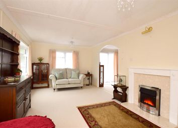 Thumbnail 2 bed mobile/park home for sale in Brooks Green Park, Emms Lane, Brooks Green, Horsham, West Sussex