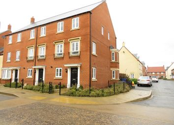 Thumbnail 4 bed town house to rent in Whitelands Way, Bicester