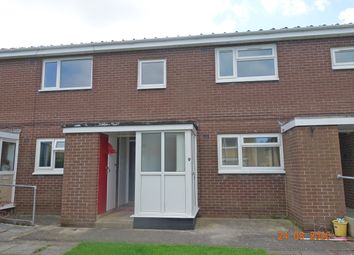 2 bed flat to rent in Dumfries Close, Bispham FY2