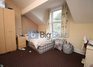 Thumbnail 6 bed flat to rent in 12 Regent Park Avenue, Hyde Park, Six Bed, Leeds