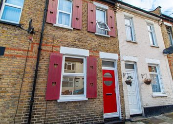 Thumbnail 2 bedroom terraced house for sale in Oakleigh Avenue, Southend-On-Sea