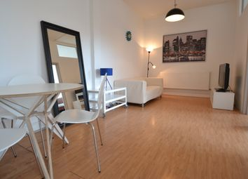 Thumbnail 2 bed flat to rent in Long Street, Old Street, London