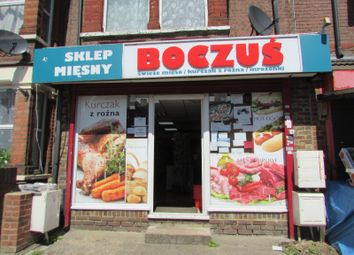 Thumbnail Retail premises to let in Dallow Road, Luton, Bedfordshire