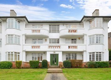 Thumbnail 2 bed flat to rent in The Chilterns, Brighton Road, Sutton