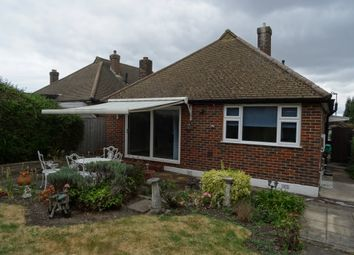 Thumbnail 2 bed detached house to rent in Farm Drive, Croydon