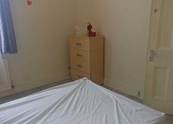 Room to rent in Pembroke Road, London N15