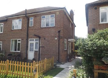 Thumbnail 2 bedroom maisonette to rent in Manor Close, Barnet, London