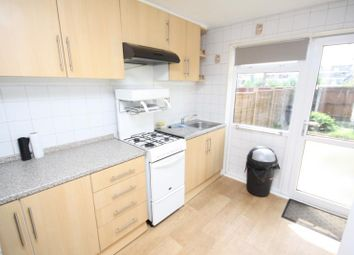 4 bed property to rent in Franklin Court, Guildford, Surrey GU2