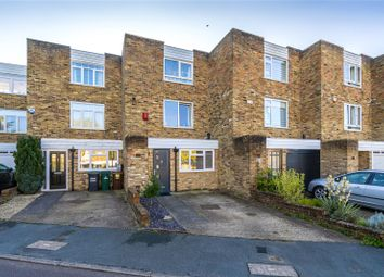 Thumbnail Terraced house for sale in Townfield, Rickmansworth, Hertfordshire