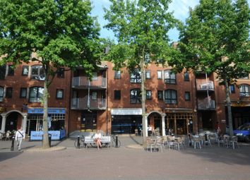 Thumbnail 3 bed flat to rent in Gloucester Green, Oxford