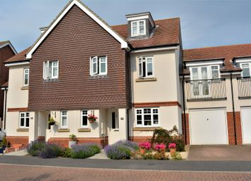Thumbnail 5 bed town house for sale in Sime Close, Guildford