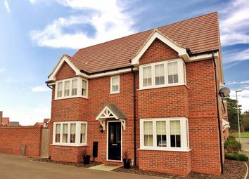 Thumbnail 3 bed detached house for sale in Crosbie Grove, Kidderminster