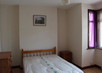 Thumbnail 5 bed shared accommodation to rent in Southville Road, Bedford