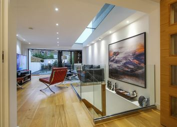 Thumbnail Terraced house for sale in Sisters Avenue, London, London