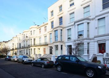 Thumbnail 2 bed flat to rent in Campden Grove, Kensington