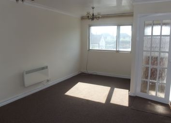 Thumbnail 2 bed flat to rent in Old Chester Road, Great Sutton, Ellesmere Port