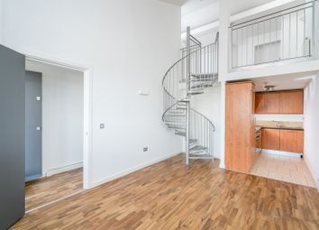 2 bed maisonette to rent in Courthouse Lane, Dalston N16