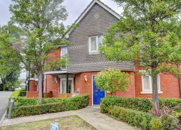 Thumbnail 2 bedroom flat for sale in Victoria Road, Marlow