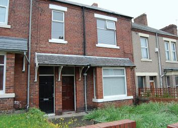 Thumbnail 2 bedroom flat to rent in Northumberland Avenue, Wallsend