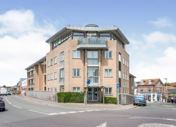 Claremont Road, Seaford BN25. 3 bed flat for sale