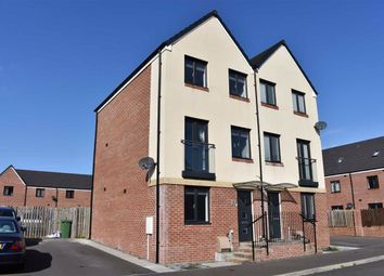 3 bed town house for sale in Golwg Y Garreg, Swansea SA1