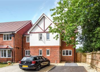 3 Bedrooms End terrace house to rent in Kerr Gardens, Wokingham, Berkshire RG40