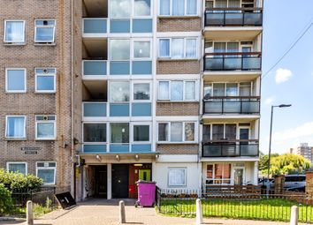 Carmen Street, Limehouse, London E14. 2 bed flat